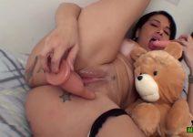 Videos Pornô da Soraya Carioca e Ursinho Ted