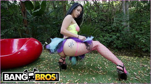 Pornl Katrina Jade Metendo Fantasiada com Cacetudo