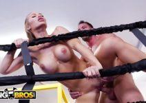 Videos Porno Nicole Aniston Metendo no Tatame